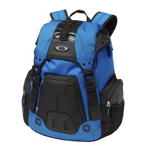 Backpack Oakley gearbox  brand new with tag